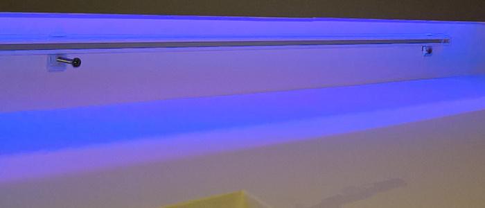 Montaż karnisza sufitowego we wnęce sufitu podwieszanego